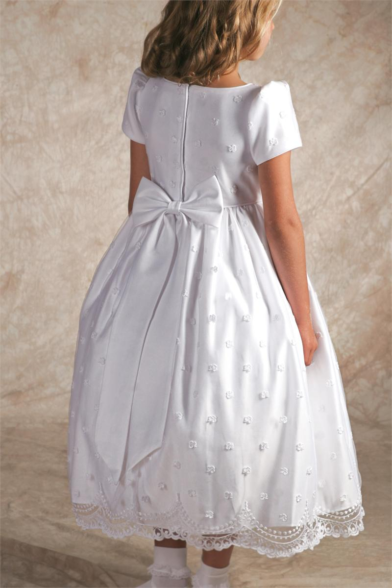 One of the outstanding features of First Communion for Catholics in Ireland is the white dresses and veils worn by girls on their special day. Over the years, these outfits have become increasingly elaborate and expensive.